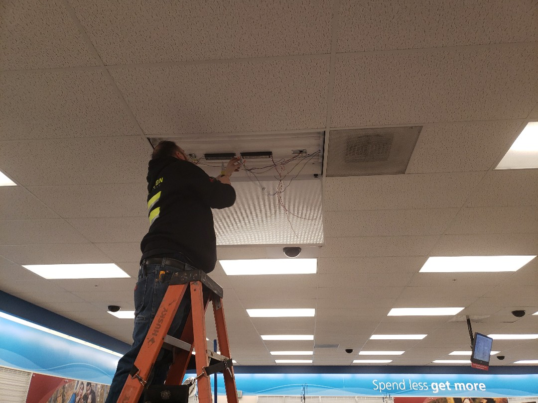 Lakewood, WA - Lighting maintenance Lakewood Ross.