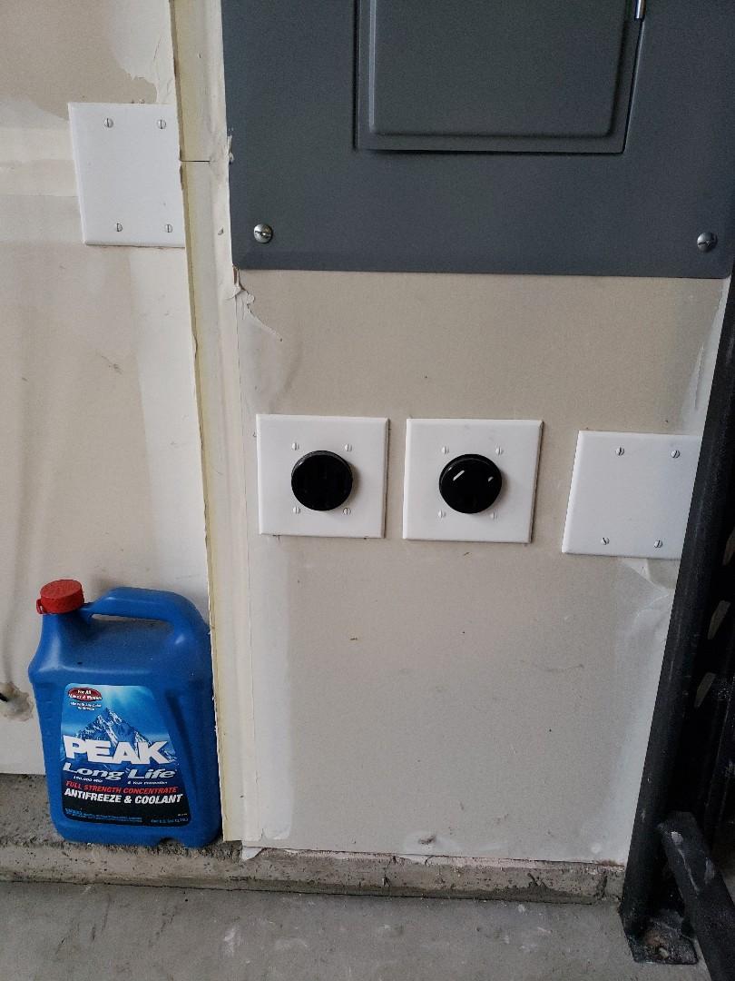 Gig Harbor, WA - Installing r.v and car charger outlet