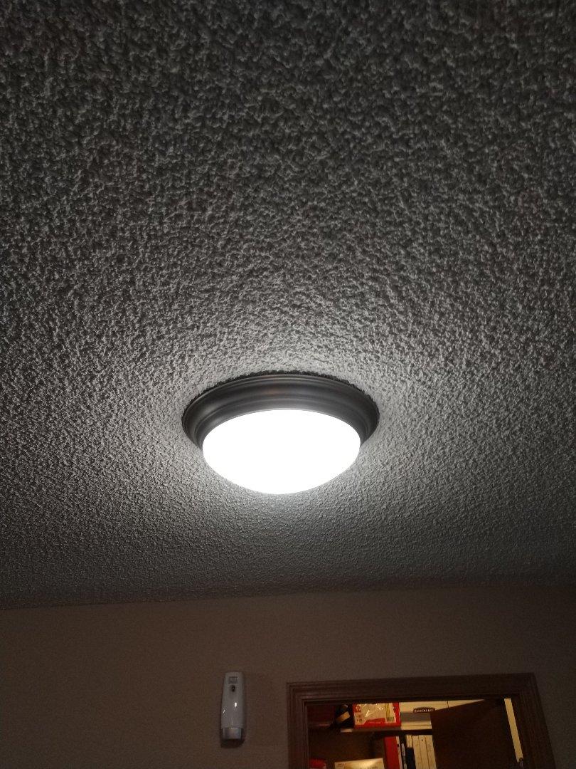 Tacoma, WA - Light fixture installation no
