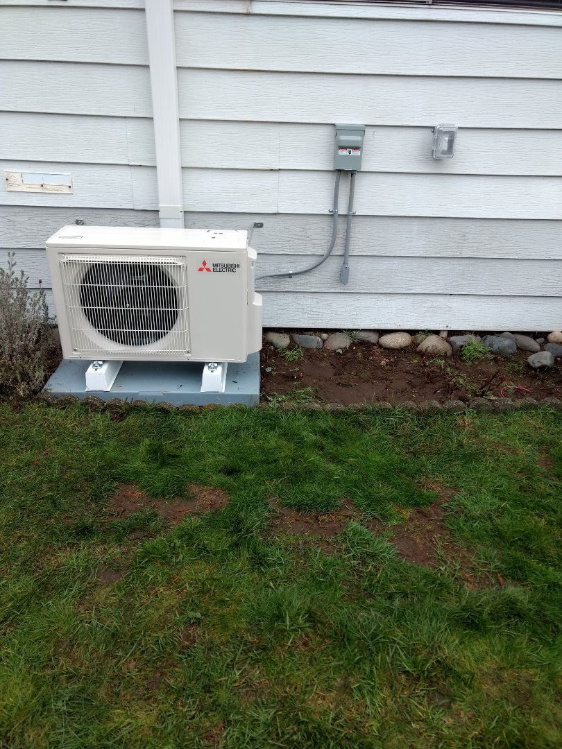 Auburn, WA - Installation of Mitsubishi ductless heat pump for energy efficient Heating and Cooling