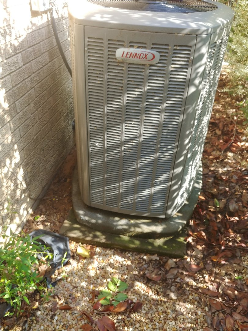 Flower Mound, TX - Ac service on Lennox unit.