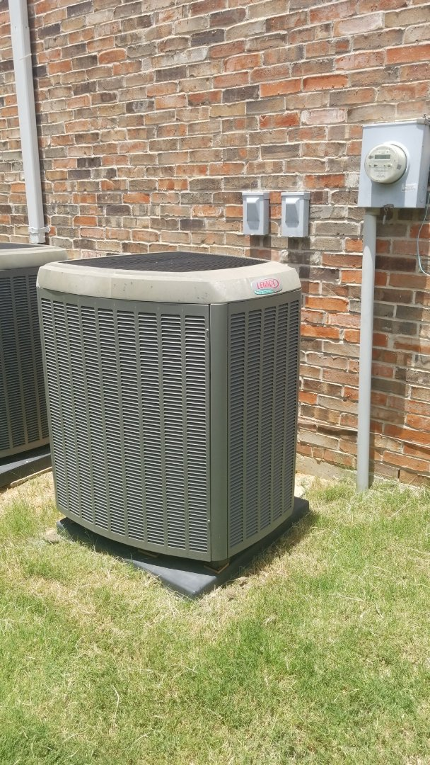Flower Mound, TX - Ac repair call. Leveled condenser on Lennox comfort system.