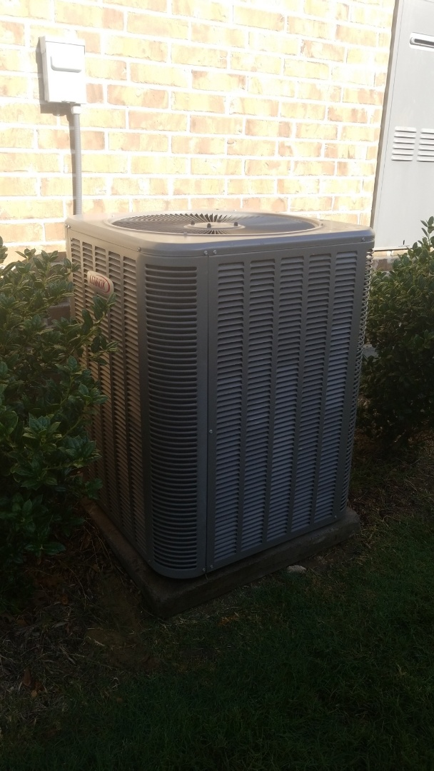 Frisco, TX - AC maintenance call. Performed AC tune up on lennox comfort system