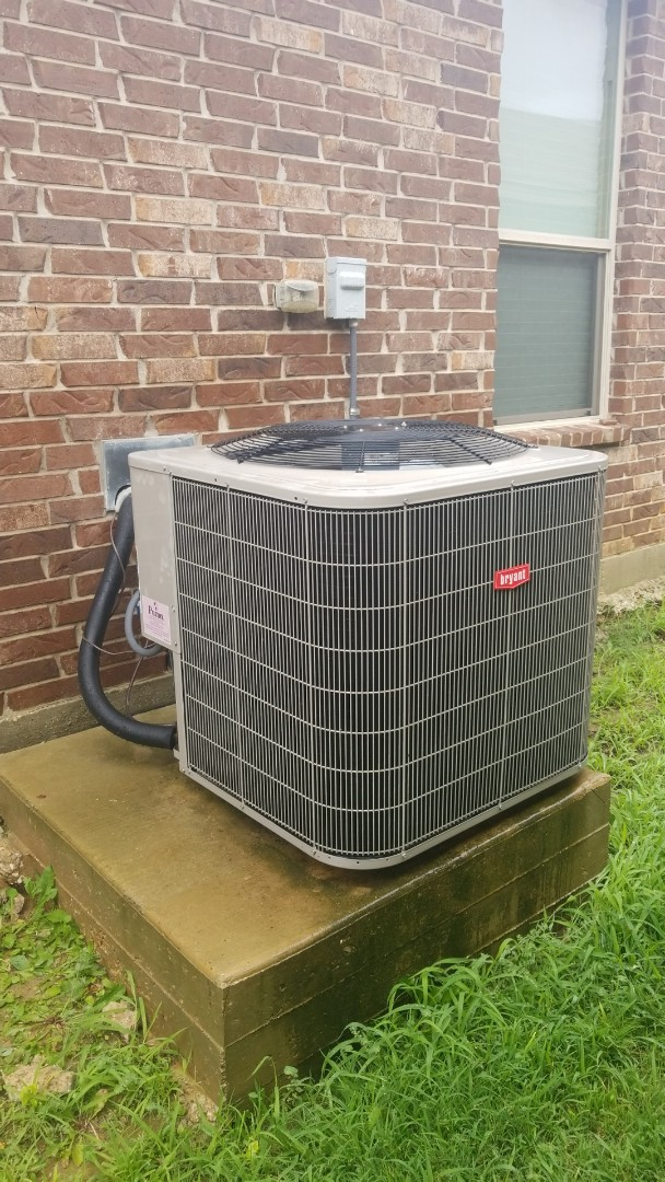 Argyle, TX - AC maintenance call. Preformed AC tune up on bryant system.