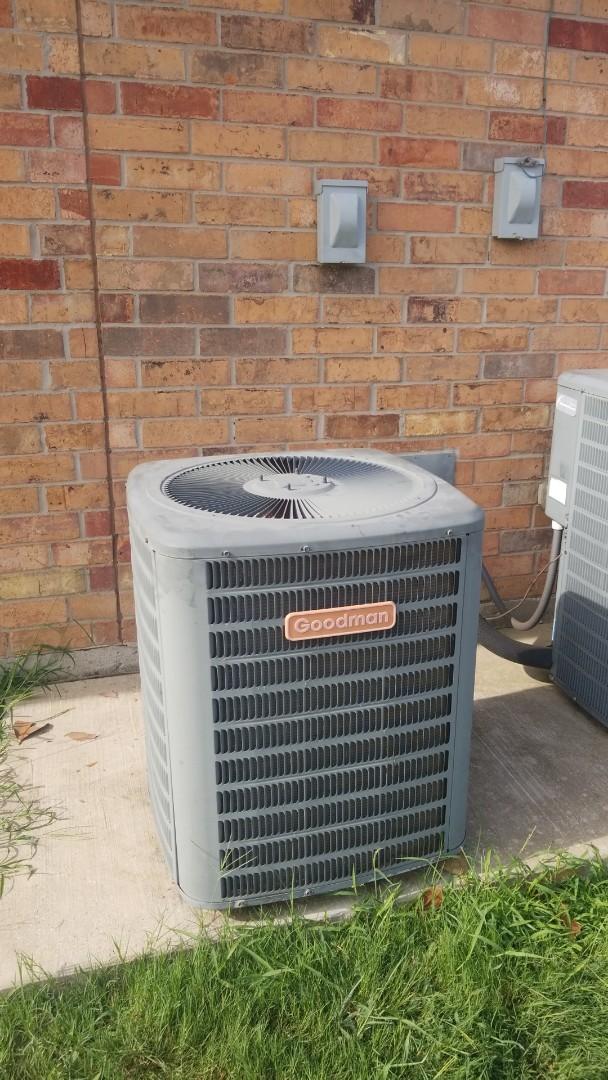 Corinth, TX - AC service call. Preformed AC repair on Goodman unit.