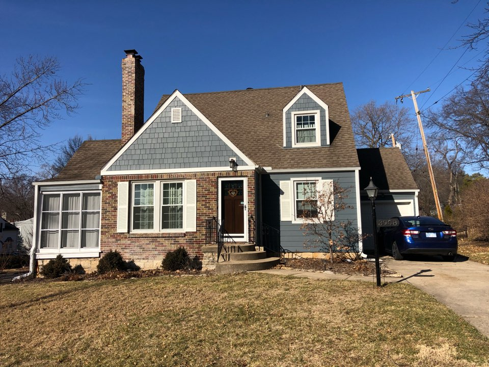 Roeland Park, KS - Hail inspection and roof replacement bid