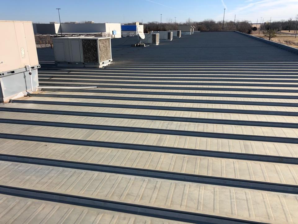 Ottawa, KS - Commercial metal roof inspection