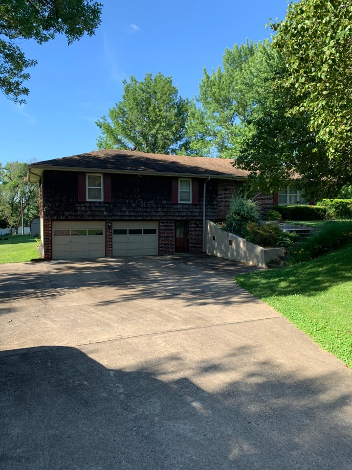 Kansas City, MO - New roof and gutter estimate. Hail damage inspection.