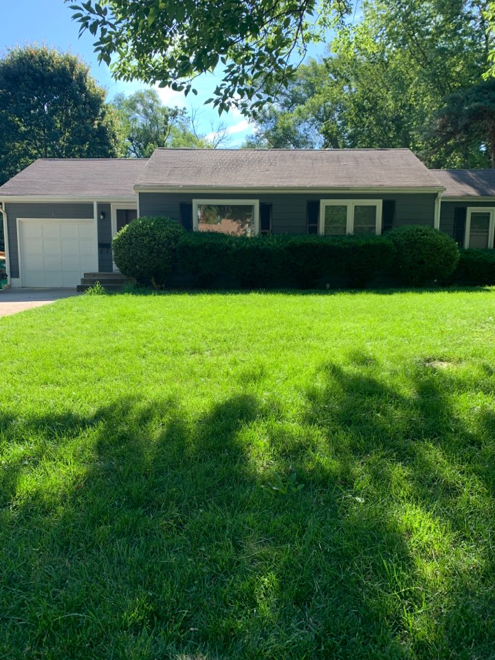 Overland Park, KS - Roof inspection and estimate.