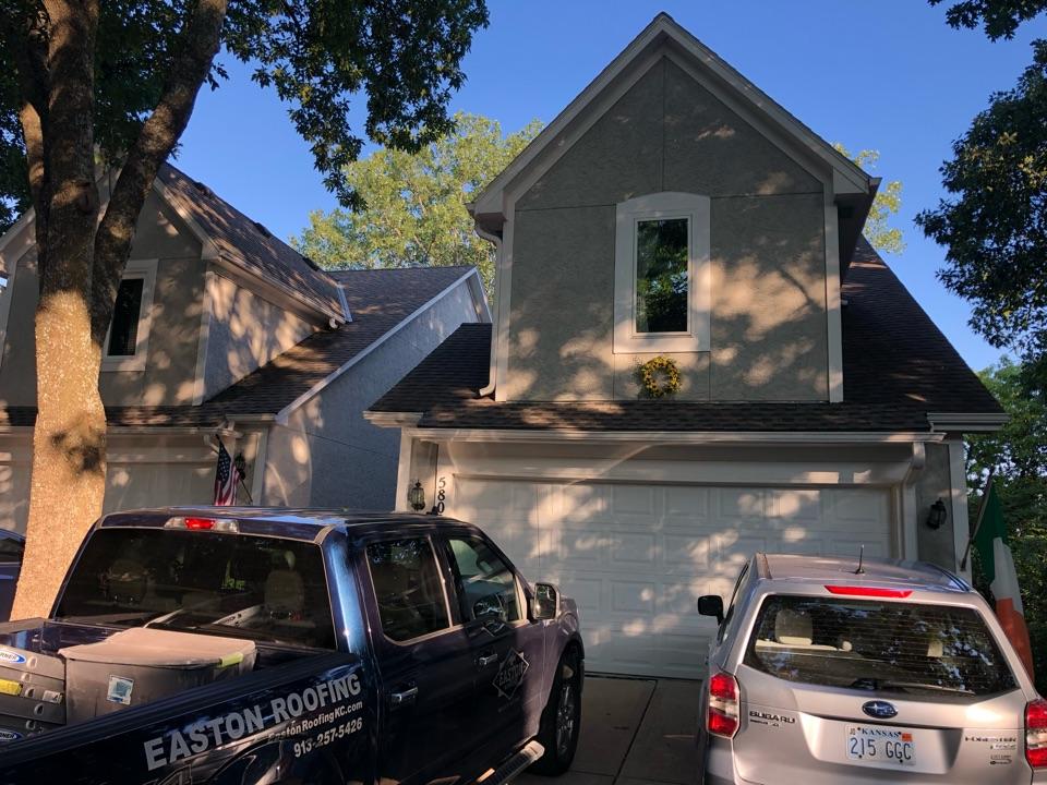 Shawnee, KS - Free roof inspection for hail damage
