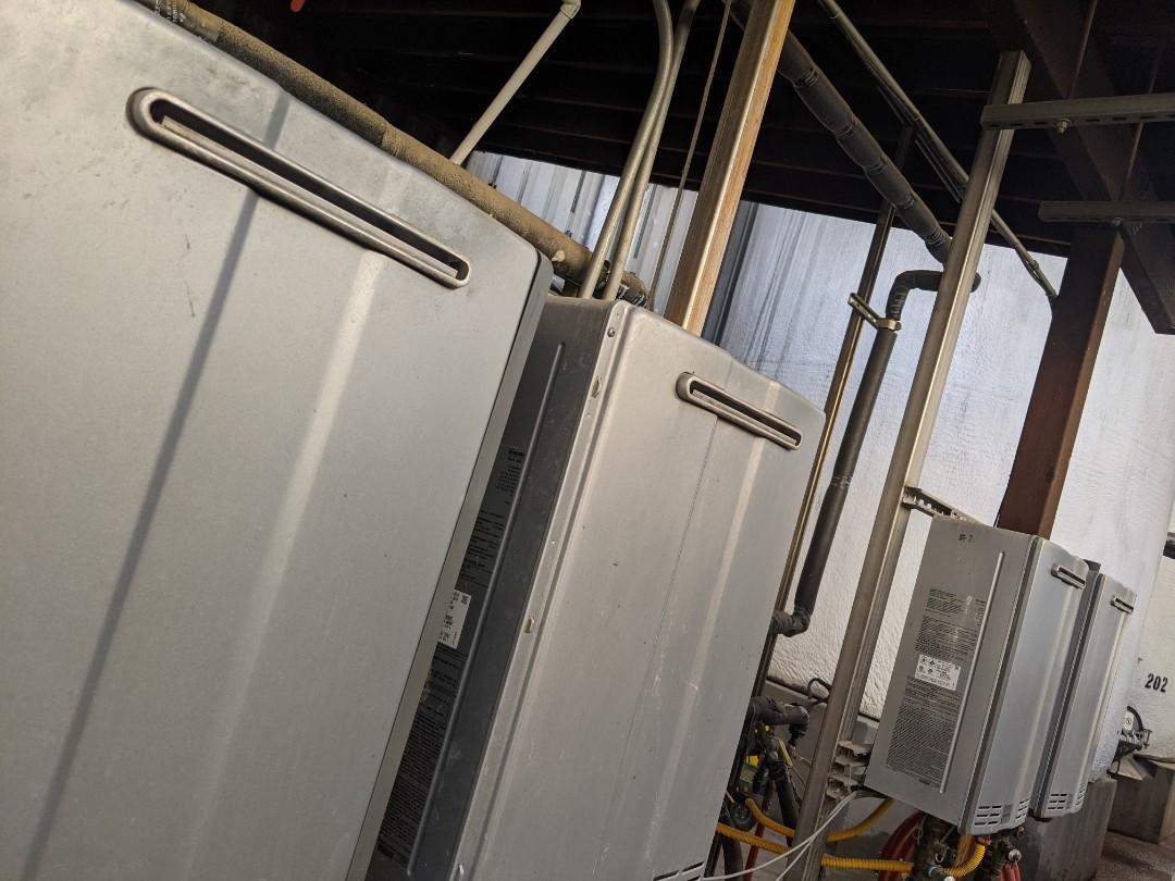 Rinnai tankless water heater maintenance in San Miguel.
