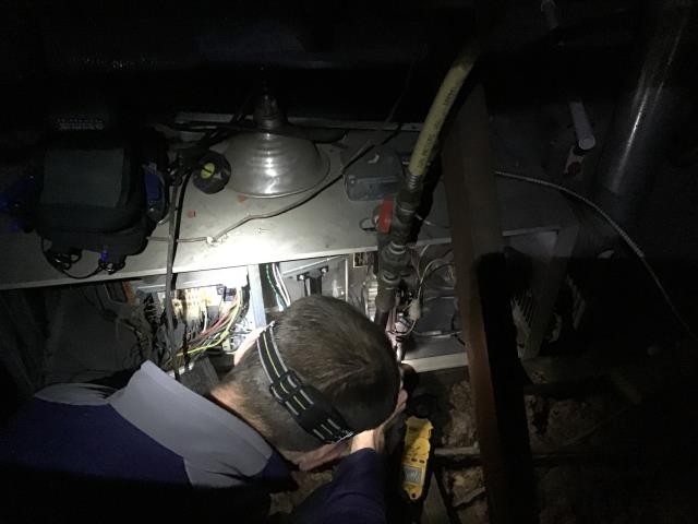 "Columbus, OH - Lennox 80 % gas furnace- Diagnostic "" blower comes on ,but no heat"""