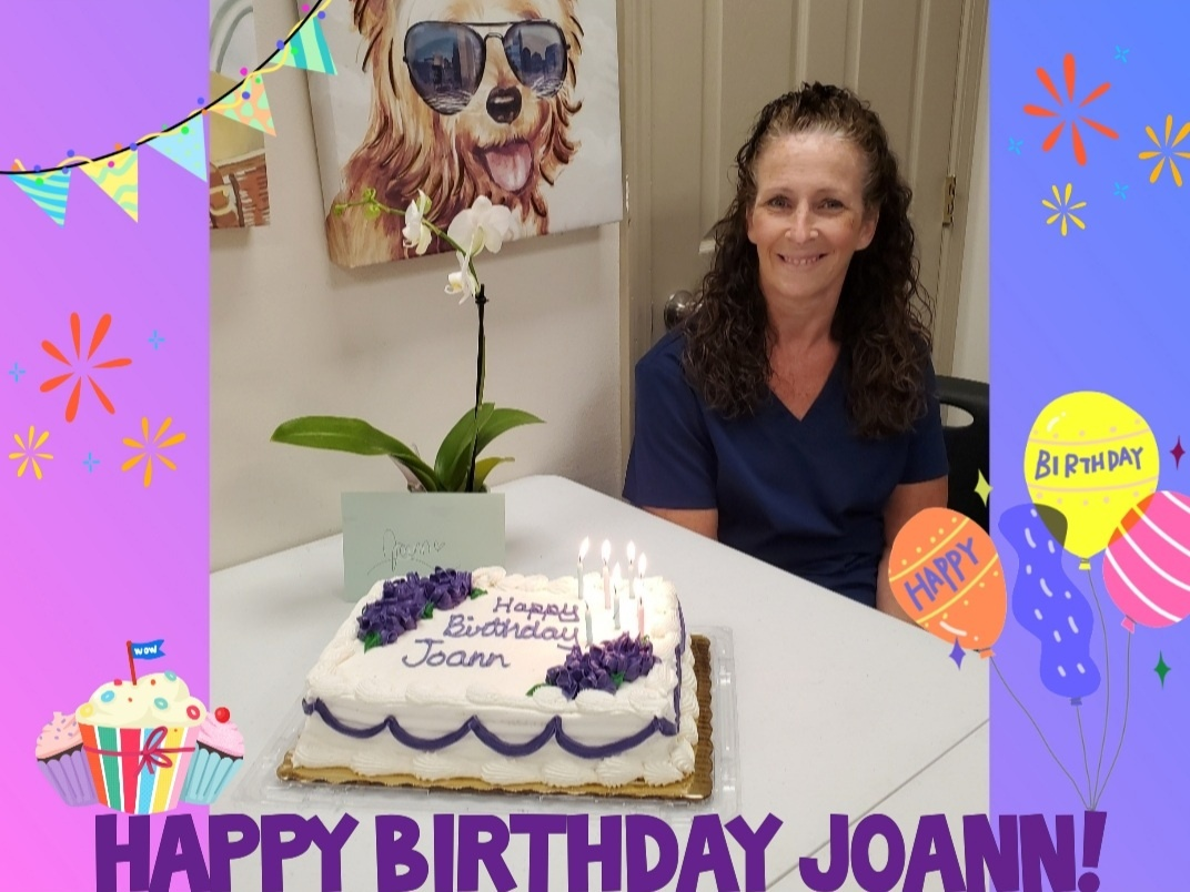 Happy Birthday to this lovely lady! 🎉Joann is one our new hotel attendants at our Hotel and Spa and we love having her on our team.  Fun fact: Joann previously was a truck driver and hauled cross country years ago! 🚛  #kenneltech #pethotel #pensacolaflorida #animalhospital #petboarding #petgrooming #petgroomer #dogspa #birthdaywishes #birthdaycake #birthdaycelebration