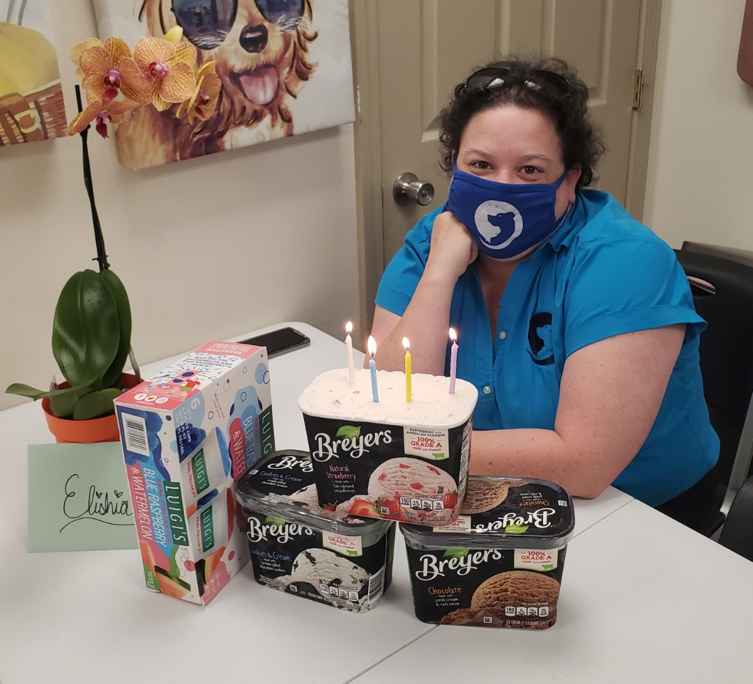 Happy belated birthday to one of our top notch CSR's, Elishia. Elishia has been working out of office more and focusing on our website, media, and other odds and ends.  Fun fact: Elishia LOVES creating web pages and does a fabulous job!  We enjoyed celebrating her birthday with yummy ice cream and italian ice. 😋🍨🍧