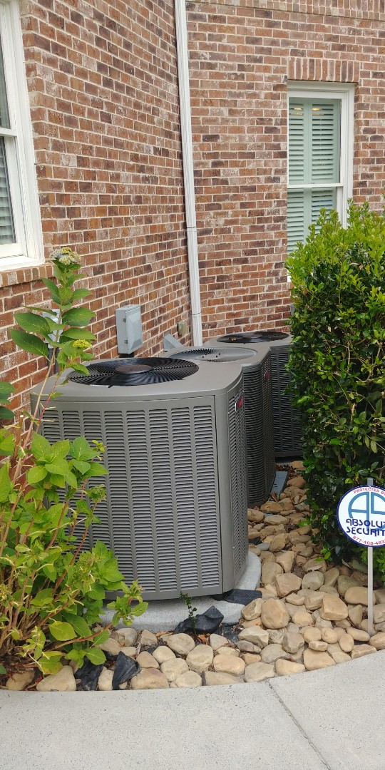 Sugar Hill, GA - Performed fall tune up on Lennox furnace and heatpump at Sugar Hill Ga