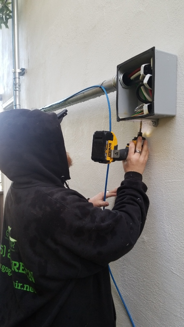 Berkeley, CA - Running low voltage wire