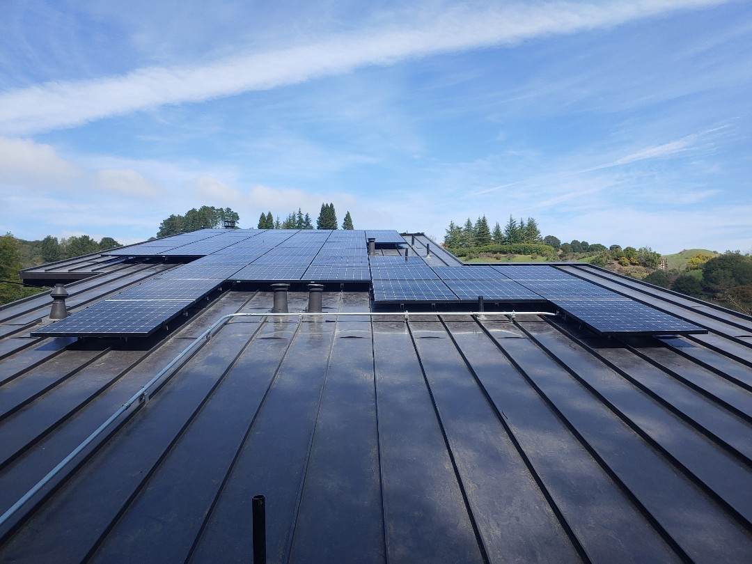 Orinda, CA - 44 Panasonic 340 watt solar panels in Orinda,Ca
