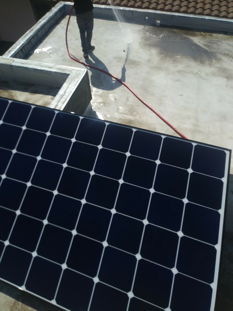Oakland, CA - Solar today! Getting roof ready