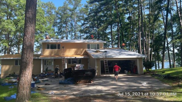 Milledgeville, GA - Replacing this roof with GAF Timberline HDZ in Hickory