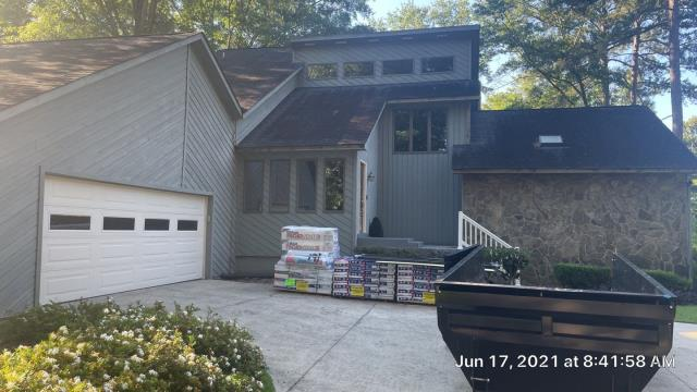 Milledgeville, GA - Getting this one started in Milledgeville. Customer chose GAF Timberline in Charcoal
