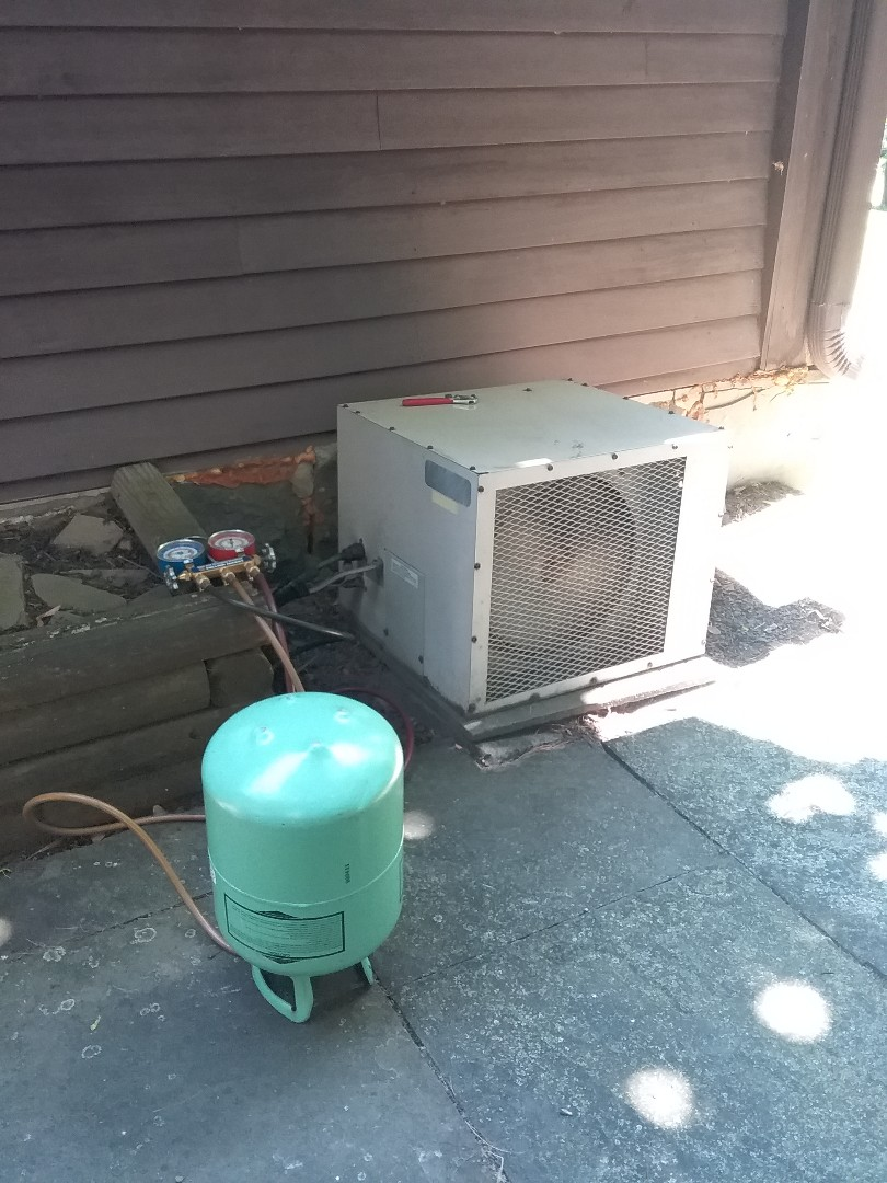 Millburn, NJ - Typhoon mini split and Carrier split air conditioning system maintenances/repairs.