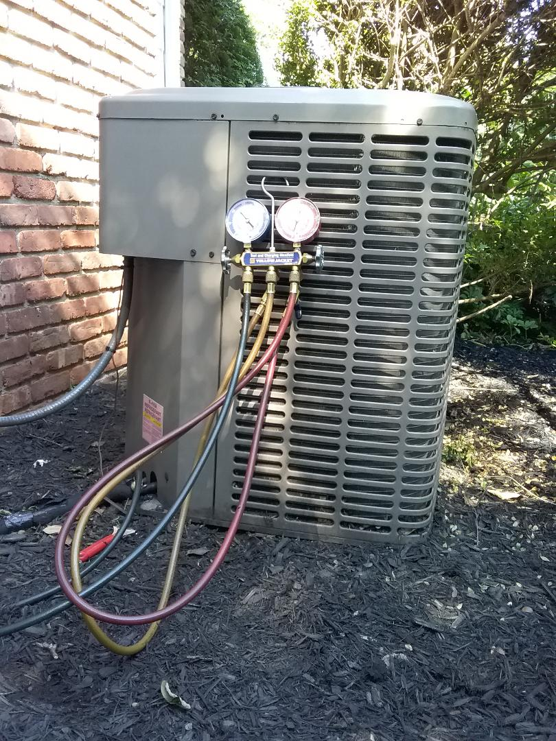 Mountainside, NJ - York AC system maintenance.