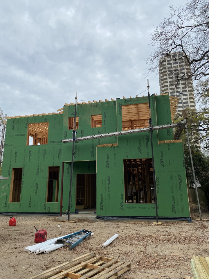Houston, TX - Morning check in with the cornice crew at our new construction home on Reba. Zip-R sheathing is up and ready to build overhangs on this spec home in Avalon Place.