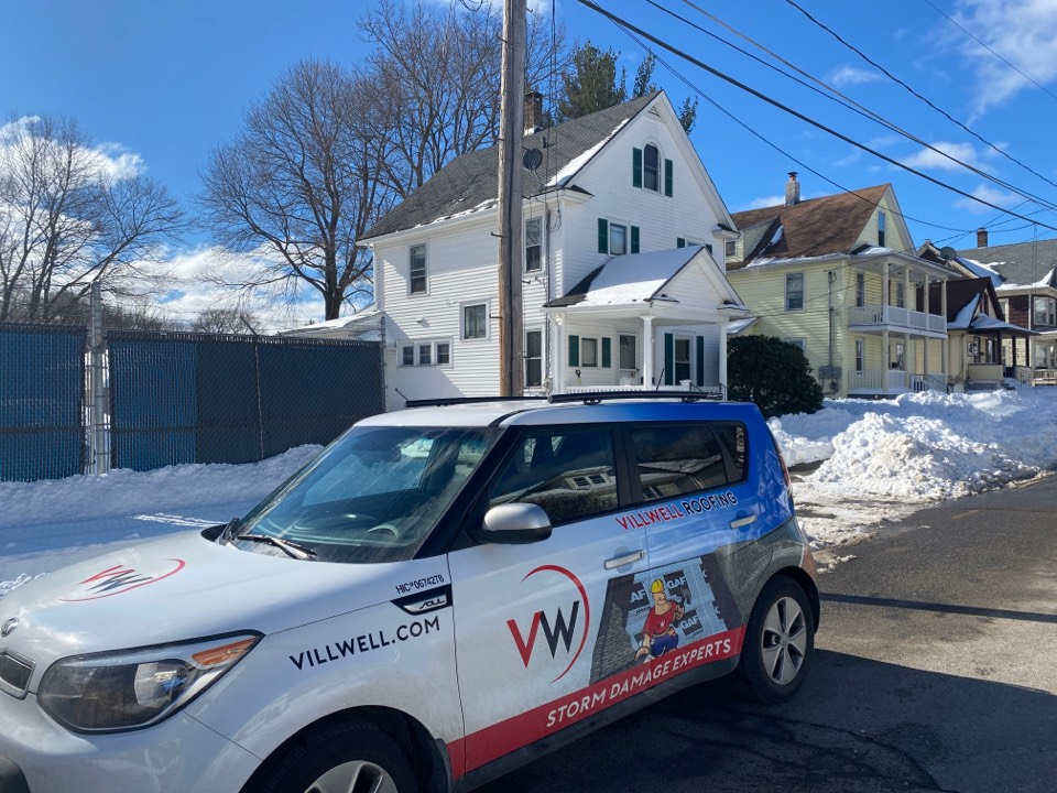 Torrington, CT - Roof inspection for a GAF timberline HDZ asphalt roof replacement by the best GAF contractor near you.