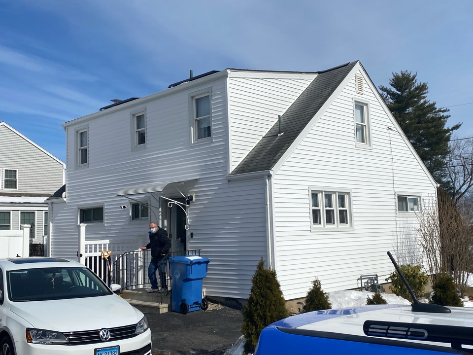 New Britain, CT - Siding installation using Kaycan by the best siding contractor near you.