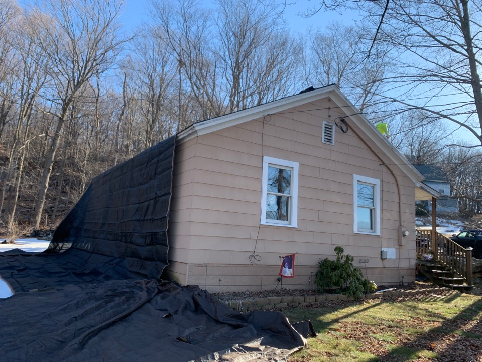 Naugatuck, CT - Roof installed for a GAF timberline HDZ asphalt roof replacement by the best GAF contractor near you   Roof repair Roof estimate