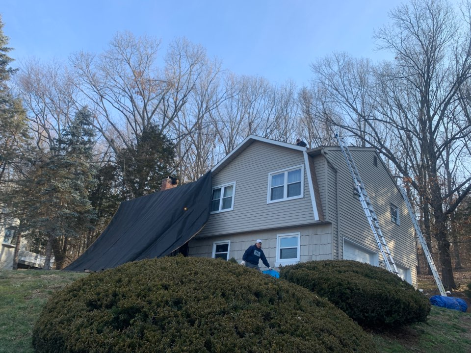 Glastonbury, CT - Roof inspection for a GAF timberline HDZ asphalt roof replacement by the best GAF contractor near you   Roof repair Roof estimate