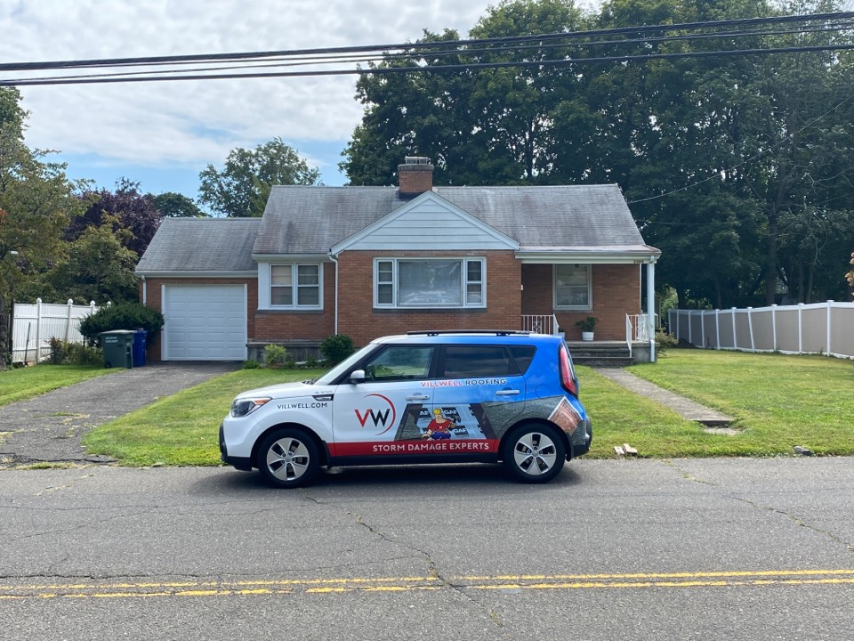 Bridgeport, CT - Roof inspection for a GAF timberline HDZ asphalt roof replacement by the best GAF contractor near you.