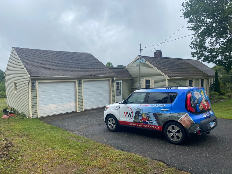 Bethlehem, CT - Siding inspection for Kaycan vinyl siding by the best siding contractor near you.