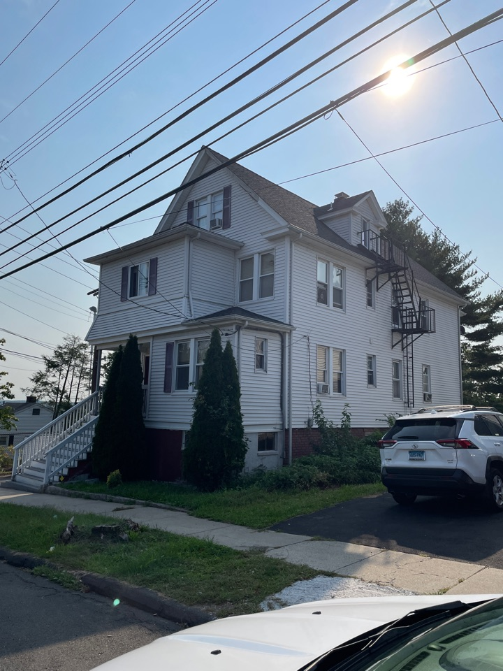 West Haven, CT - Roof inspection/replacement for a GAF Timberline HDZ asphalt roof replacement by the best GAF contractor near you.