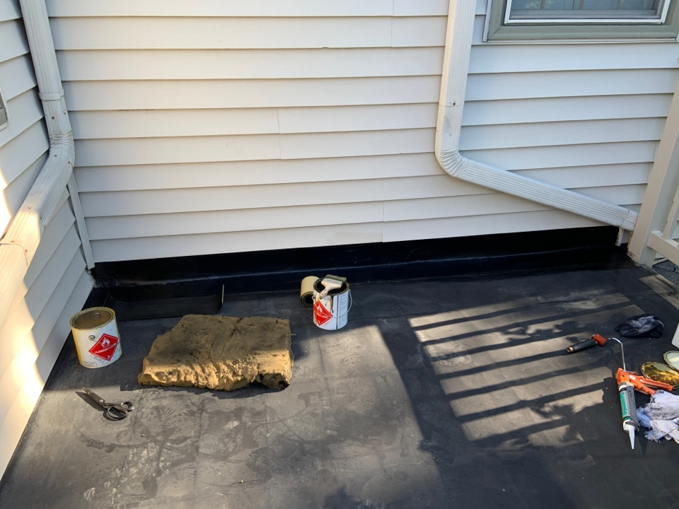 Upper Arlington, OH - Residential flat roof repair.  EPDM rubber repair.