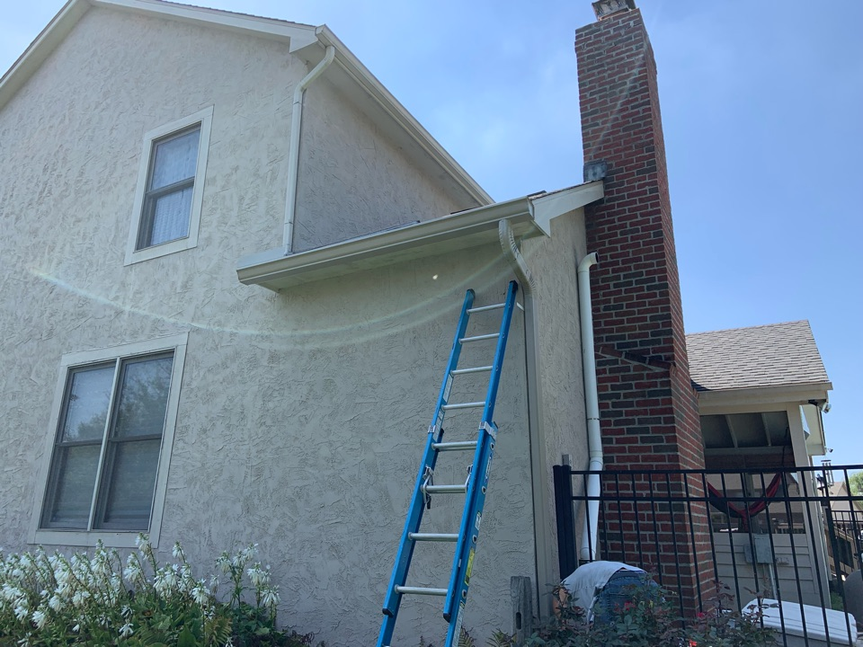 Lewis Center, OH - Installed new wife flange steel drip edging, a larger piece of gutter and new downspout.