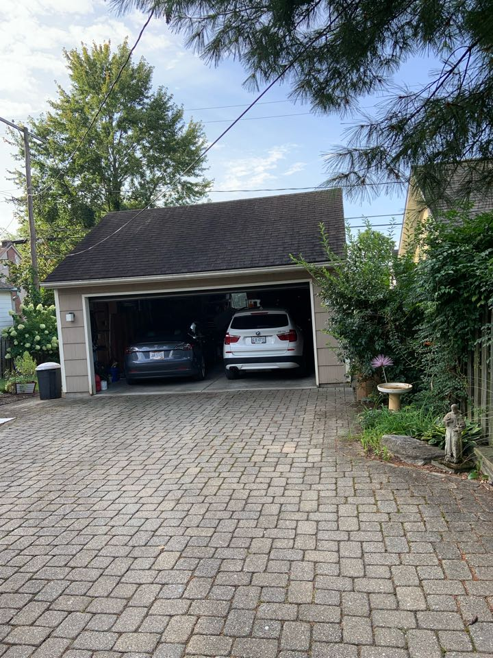 Columbus, OH - Estimate to replace shingle roof on detached garage.