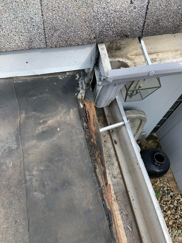 Columbus, OH - Rubber roof repair estimate