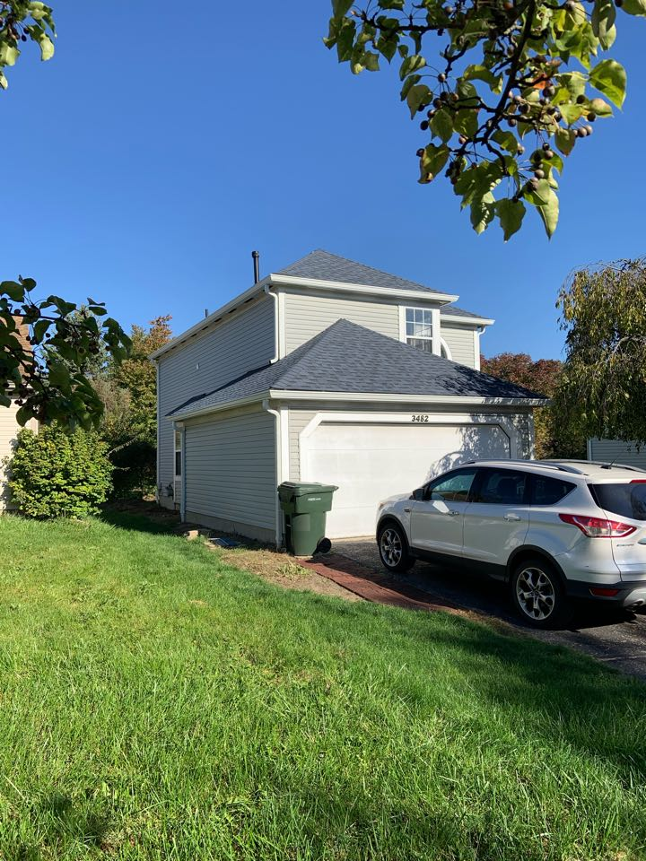 """Columbus, OH - New Owens Corning Duration Harbor Blue shingle roof with new 6"""" continuous white aluminum gutters and downspouts!"""