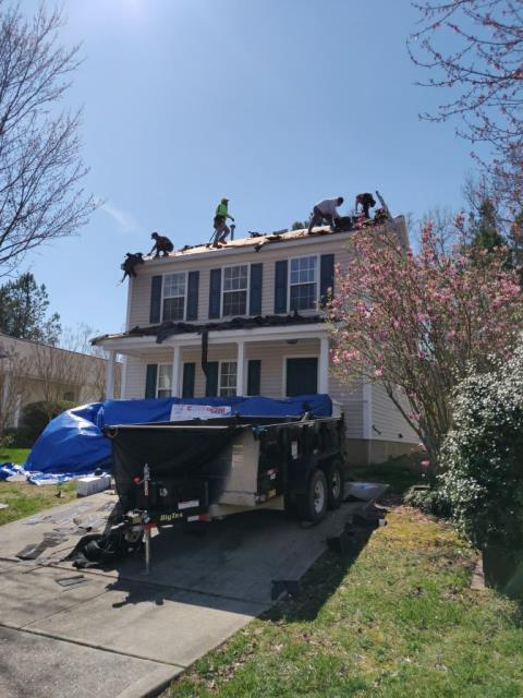 Apex, NC - We are replacing the roof on this house ion Apex, NC