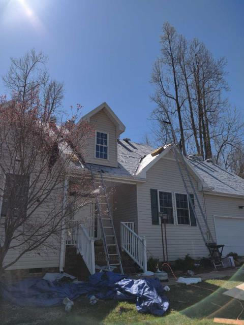 Mebane, NC - We are replacing the roof on this house in Mebane, NC
