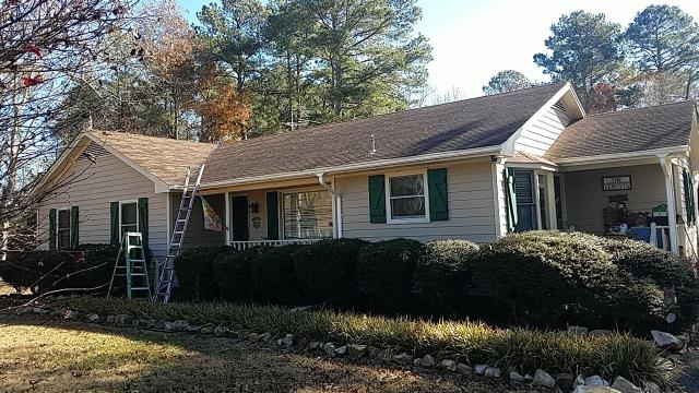 Clayton, NC - We are inspecting this house to install a new roof in Clayton, NC