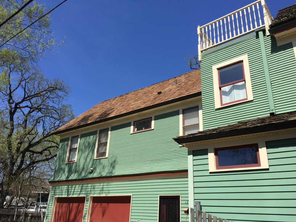 Minneapolis, MN - Historic preservation job complete, homeowner is going to get the house painted and they will be good for years to come