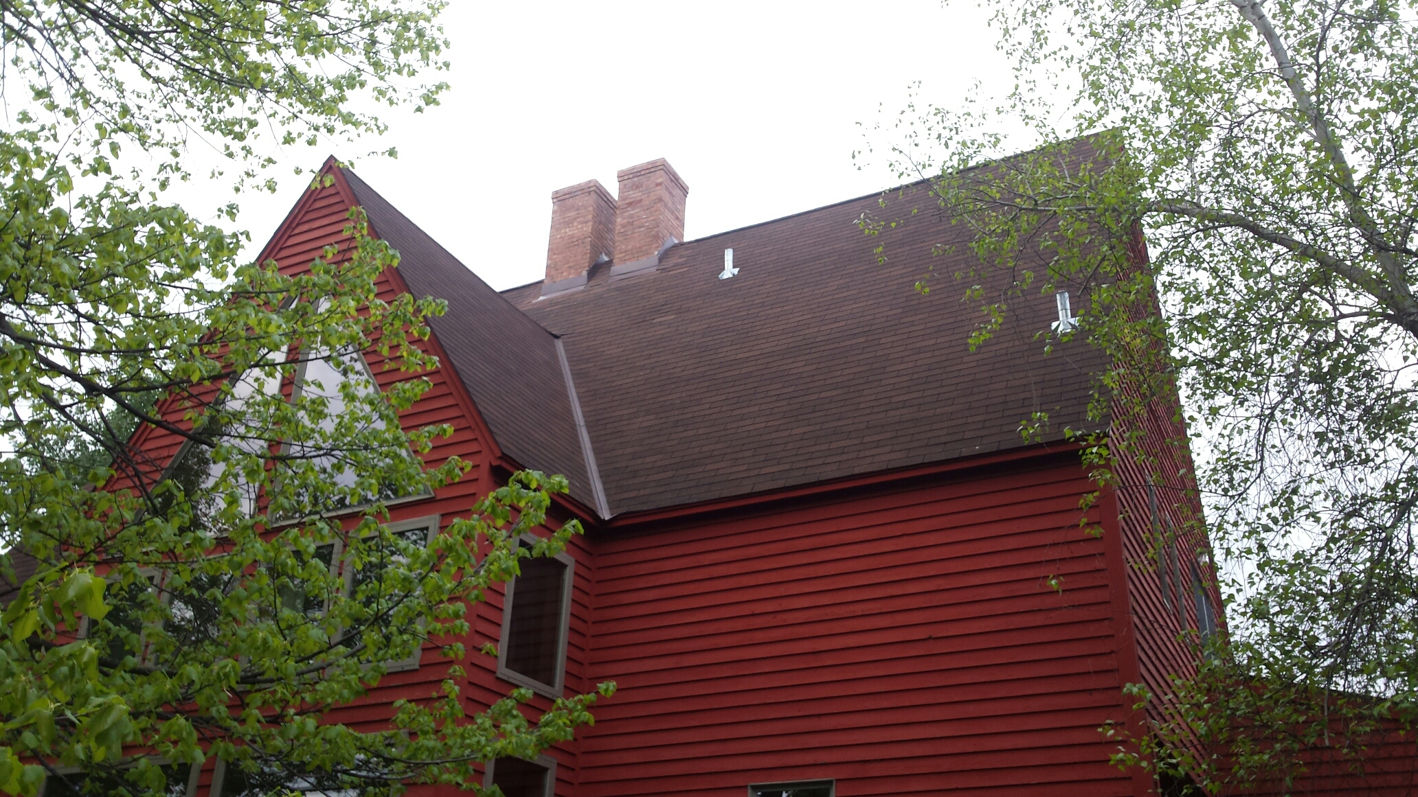 Delano, MN - Remove old chimney flashing and reflash with new prefinished metal