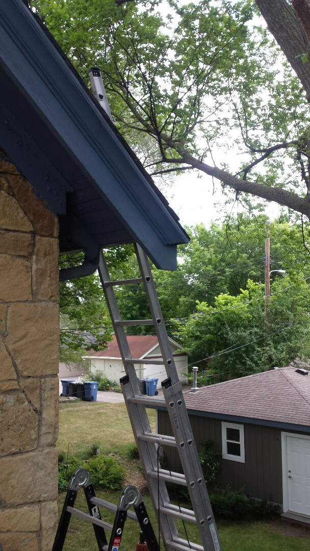 Edina, MN - Repair Gutter and rotted rafter tail