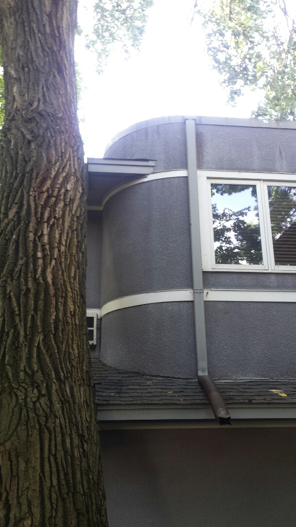 Minneapolis, MN - Remove rotted trim board, custom fabricate and install new curved trim board.