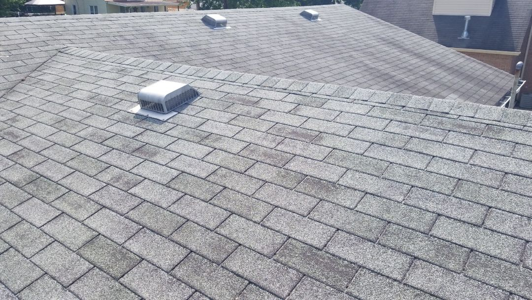 Fairborn, OH - Roof replacement in Fairborn. Certainteed Landmark shingles