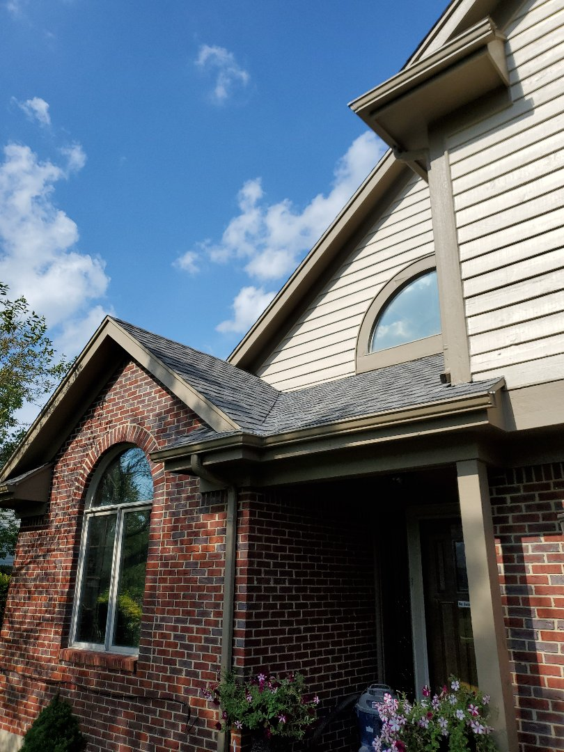 Vandalia, OH - Replaced valley with new certainteed shingles.