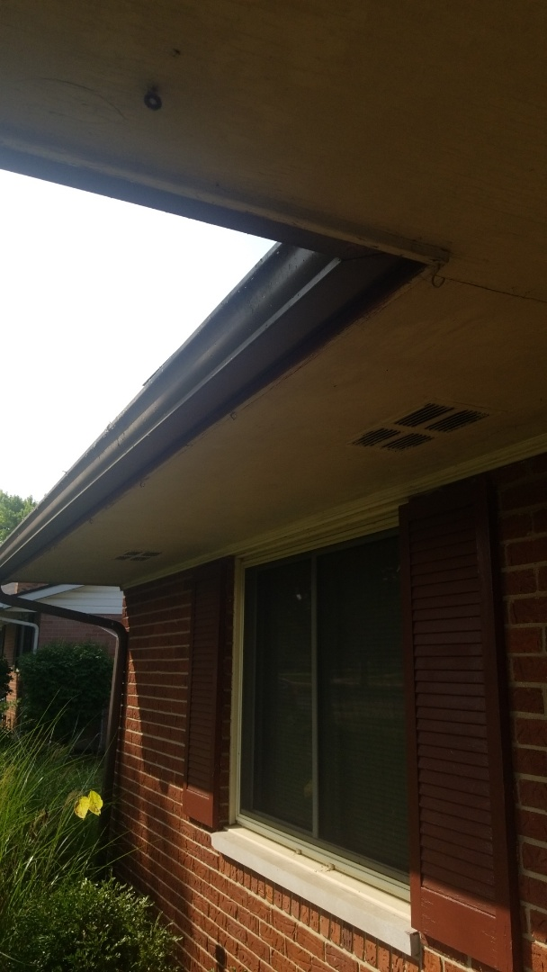 Kettering, OH - Gutters, soffit, and fascia replacement in Kettering, Ohio