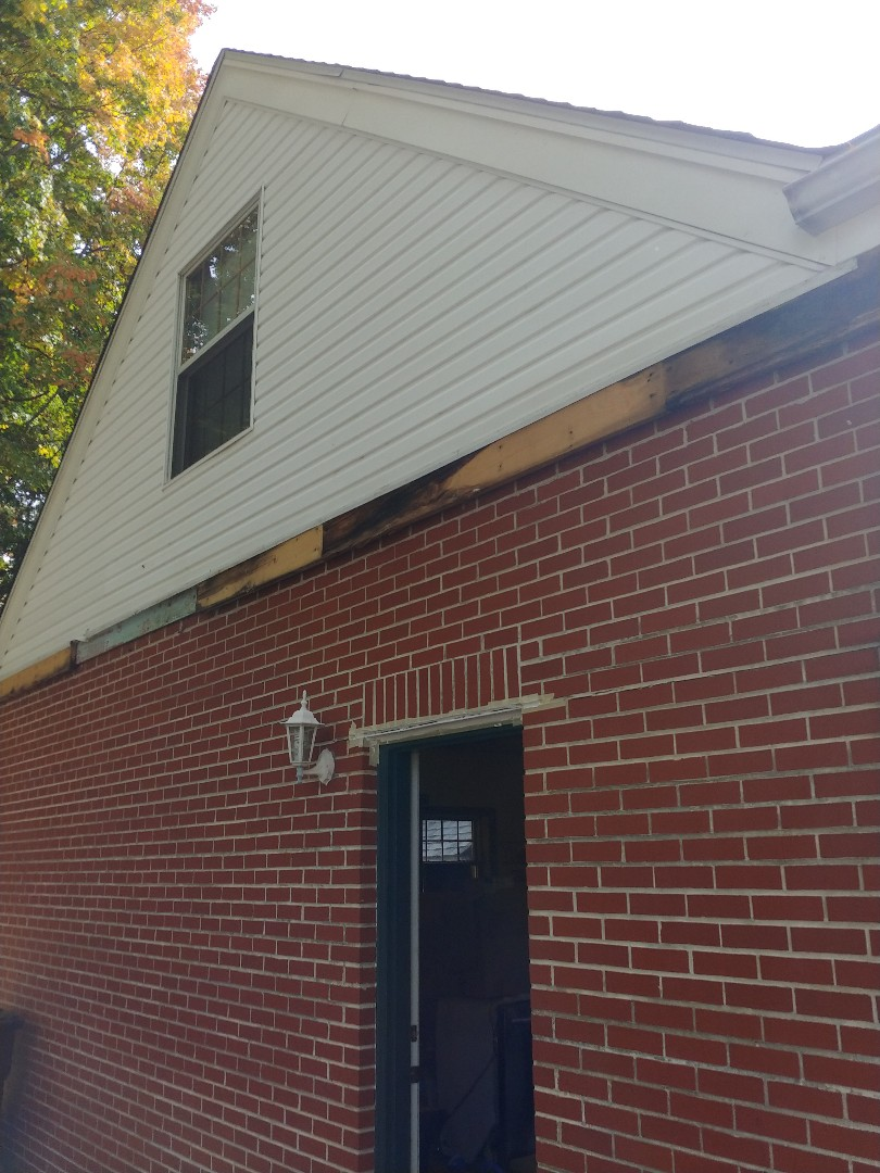 Kettering, OH - Free inspection for fascia replacement in Kettering, Ohio.
